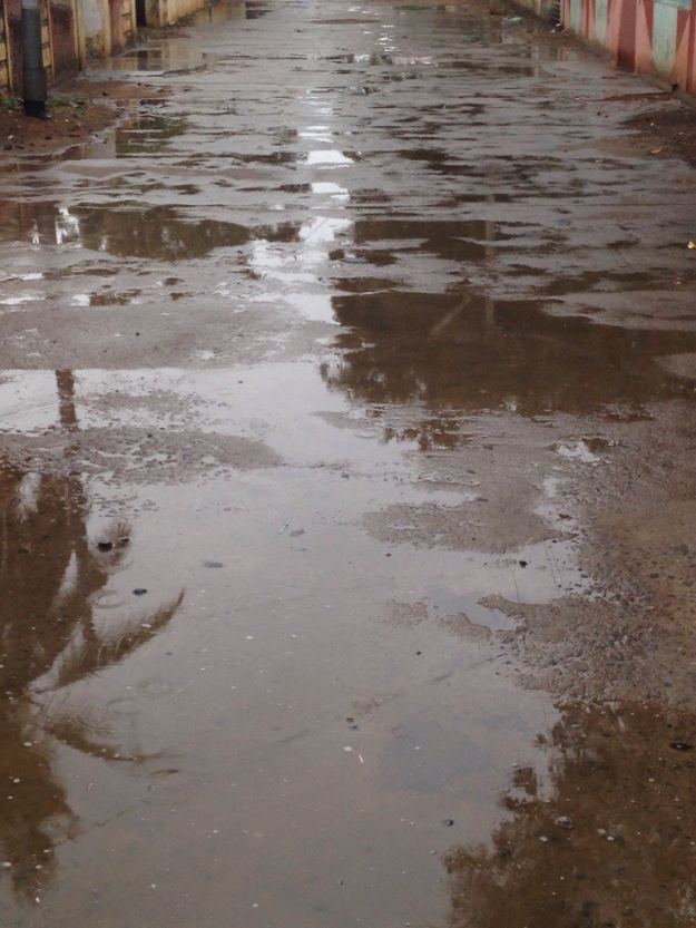 Lightly falling rain in Madurai